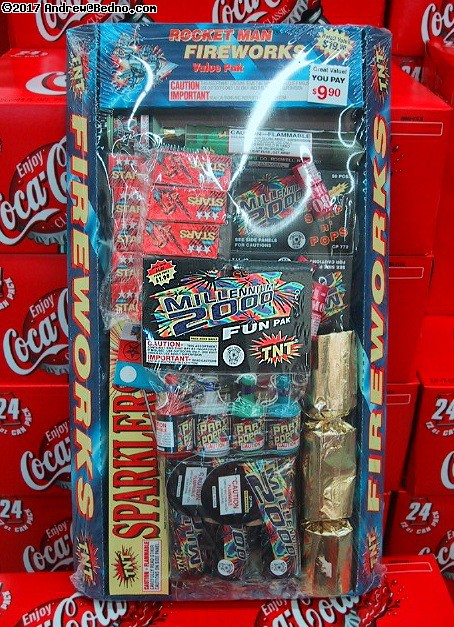 Cheap and fairly safe fireworks-lite. (click for next photo)