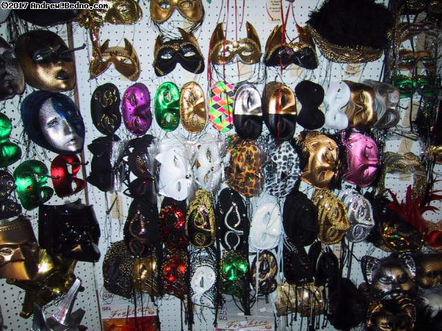 Fantasy Costume: Masks. (click for next photo)