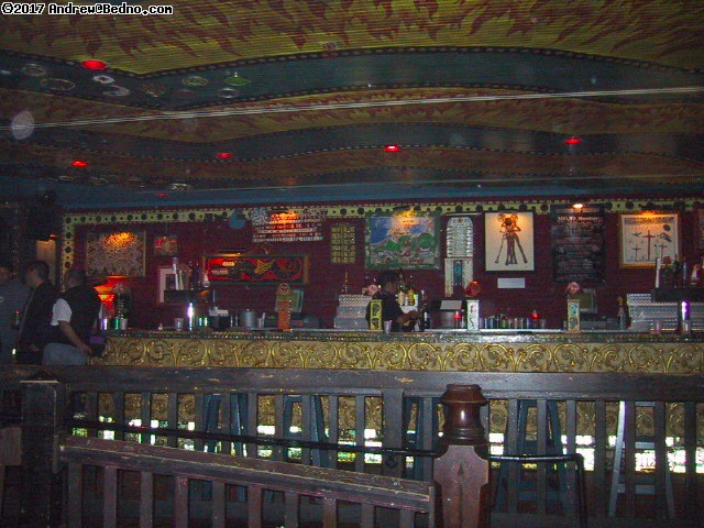 House of Blues: Bar. (click for next photo)