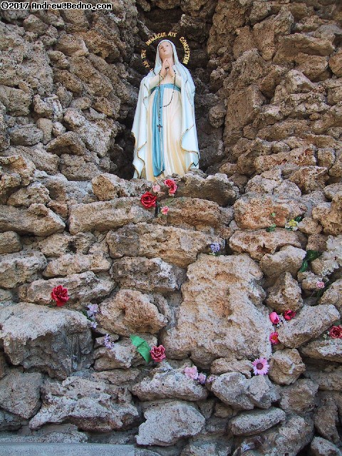 Saint Mary's: Grotto,