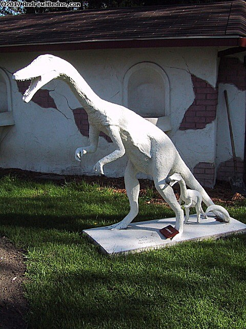 Ken Moeller in Libertyville builds dinosaurs. (click for next photo)