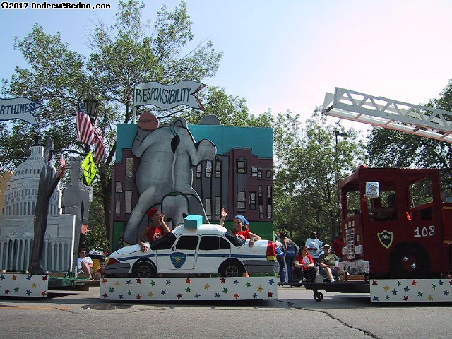 Evanston Independence Day parade: Character Counts: Responsibility. (click for next photo)