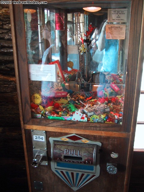 Old West Steakhouse and buffet: Crane game. (click for next photo)