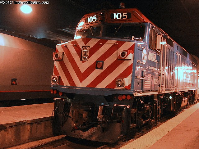Metra diesel locomotive in Union Station. (click for next photo)