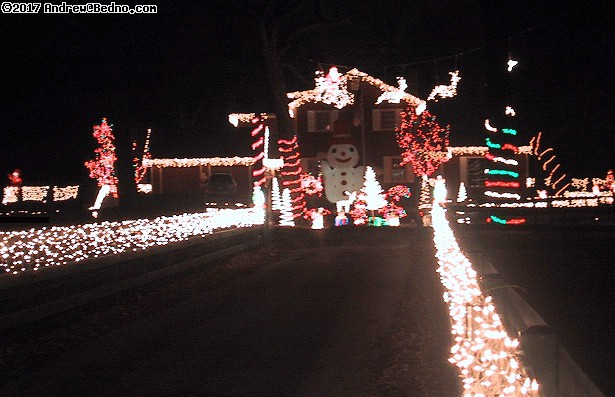 Vernon Hills Christmas. (click for next photo)