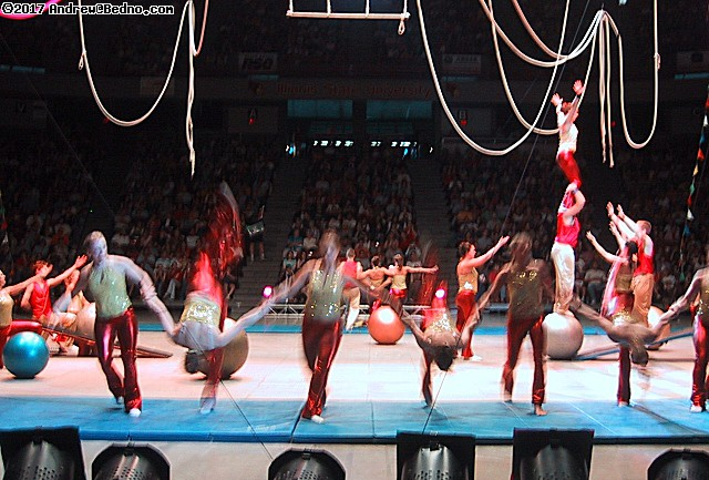 Gamma Phi Circus. (click for next photo)