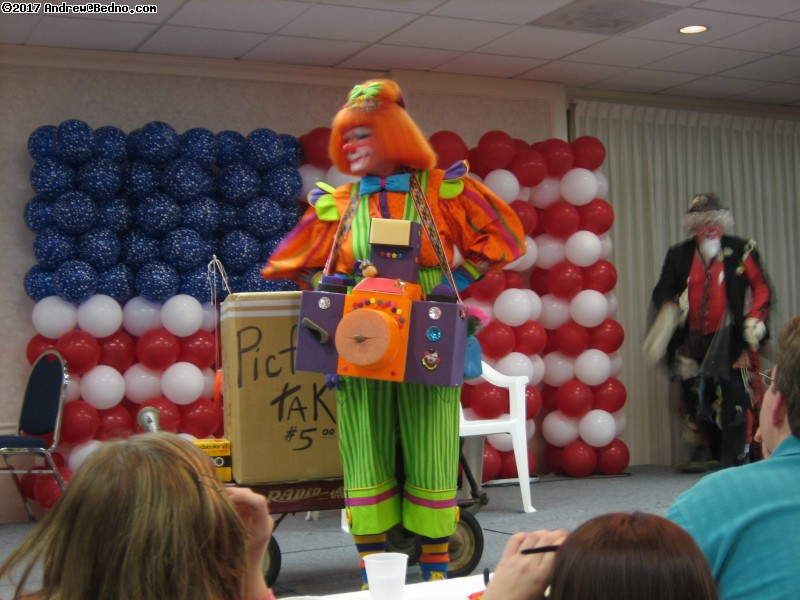 Midwest Clown Roundup. (click for next photo)