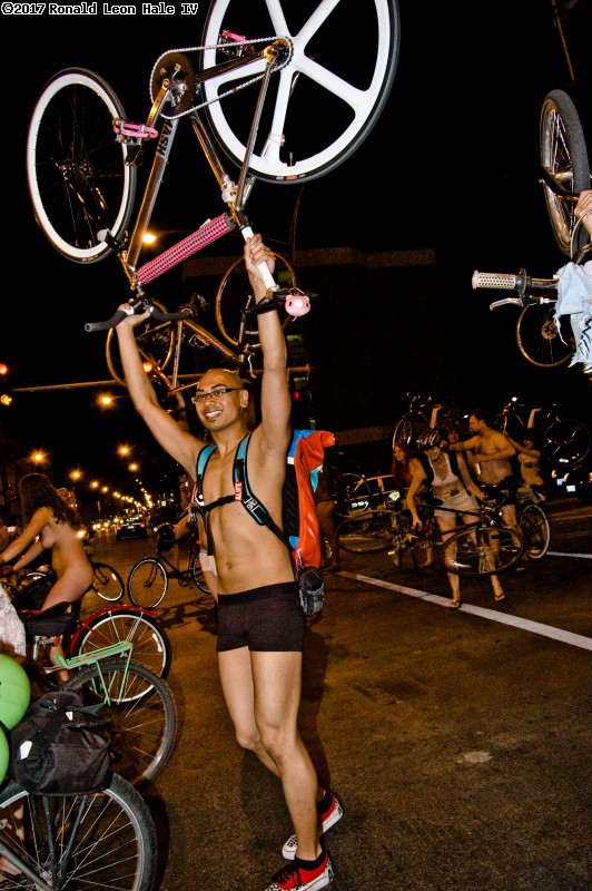 Latinoteddybear, Chicago world naked bike ride 2008