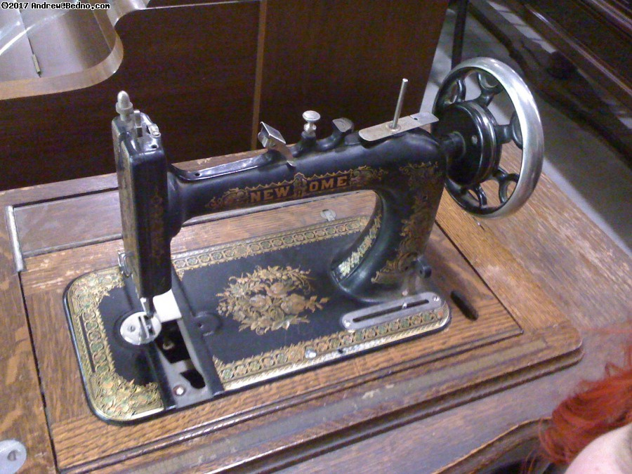 Antique sewing machine at Brown Elephant. (click for next photo)