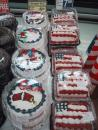 Fireworks and flag cakes. (click to zoom)