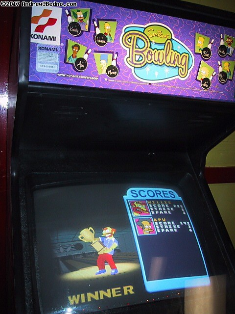 Fun Zone arcade: Simpsons bowling. Willie won!