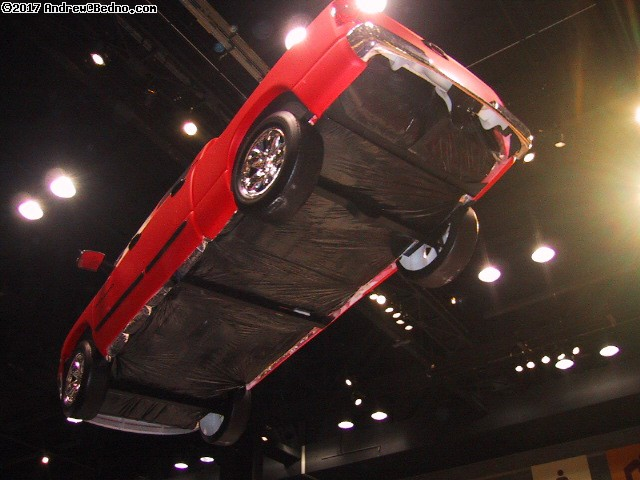 Chicago Auto Show: Flying truck dirigible.