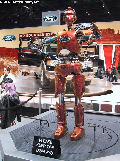 Chicago Auto Show: Ford robot.