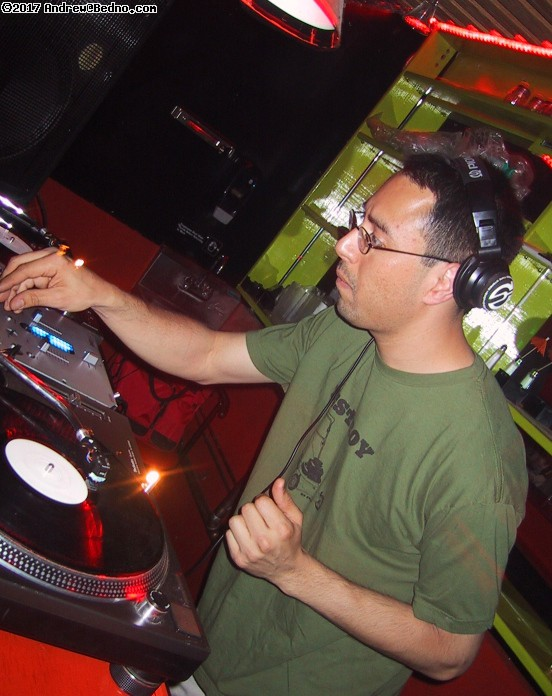 Play :: Drum and Bass Saturdays at Spot6, 773/388-0185, 3343 N Clark.