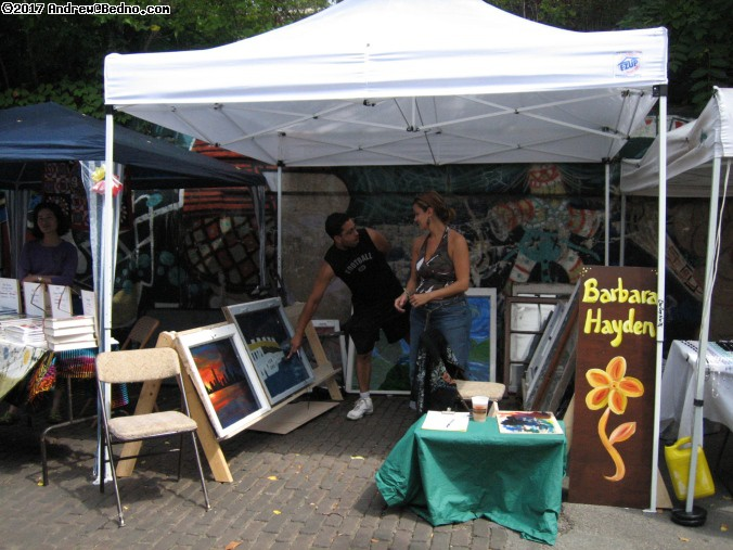 Glenwood Ave Arts Fest in Rogers Park. (click for next photo)