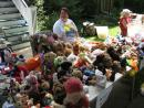 Giant neighborhood-wide yard sale in Andersonville. (click to zoom)