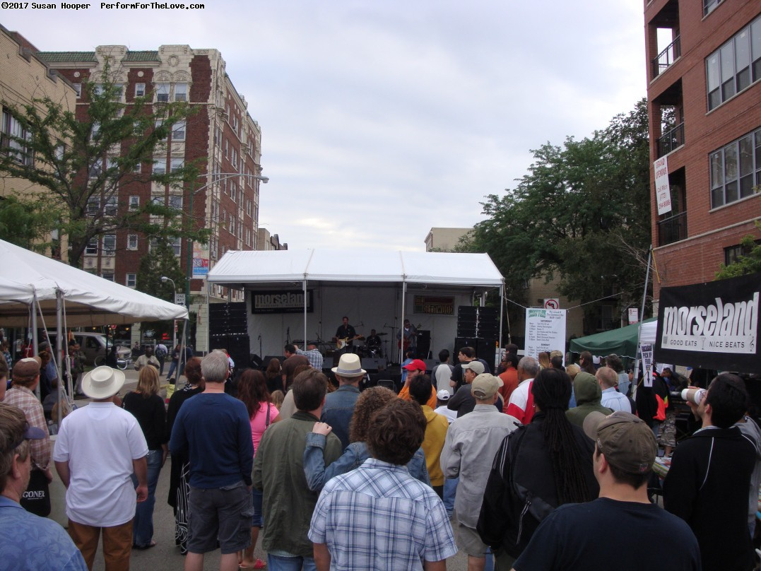 Glenwood Ave Arts Fest (since 2002) in Rogers Park. (click for next photo)