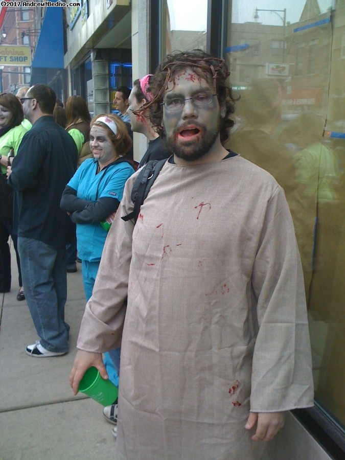 Andersonville Zombie pub crawl. (click for next photo)